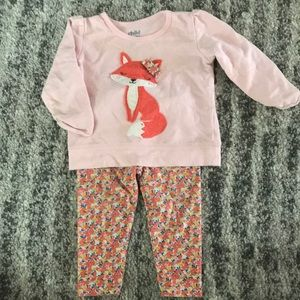 $3/10 Baby Girl 6-9 Pink Fox Outfit